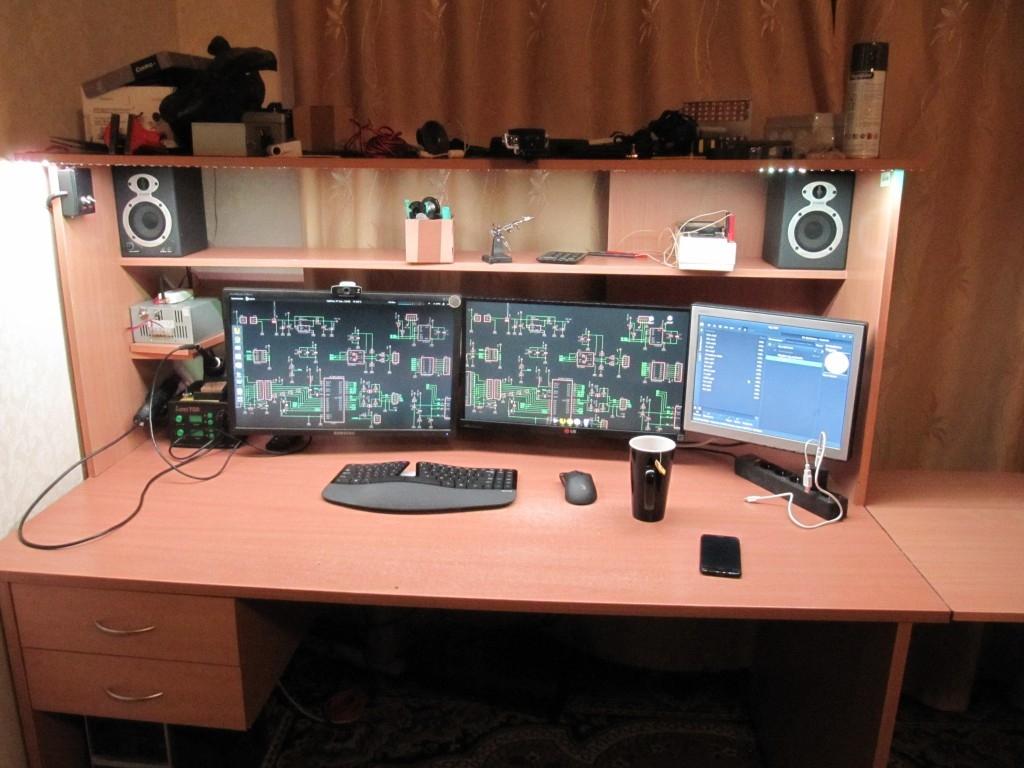 ES - Рабочий стол радиолюбителя-программиста